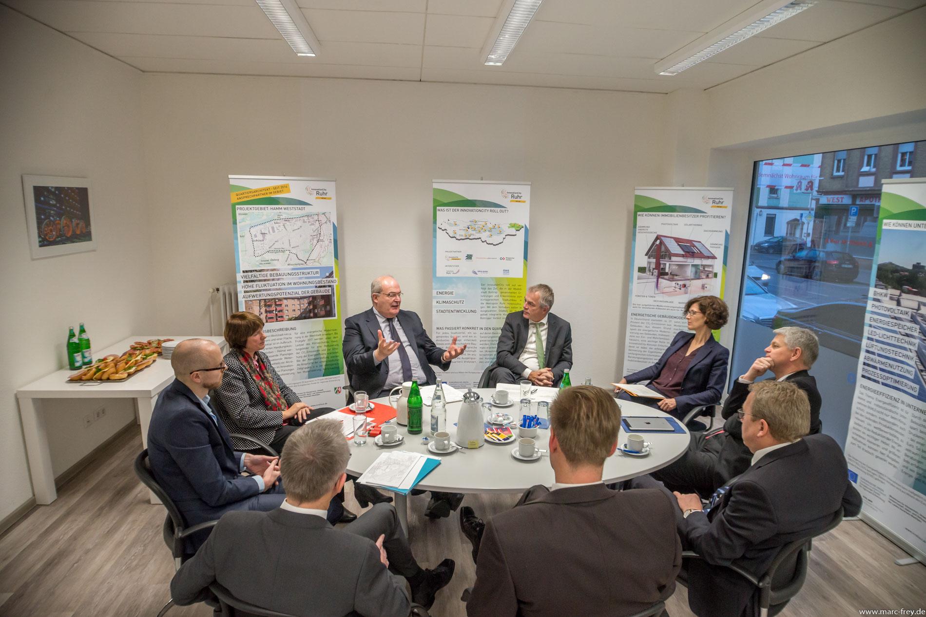 InnovationCity roll out-Pressekonferen bei der Wirtschaftsförderung Hamm