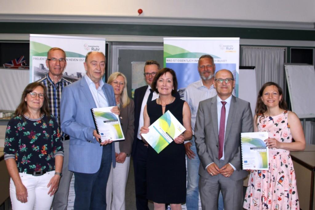 Innovation City Management GmbH übergibt Quartierskonzept an Bürgermeisterin Sonja Leidemann